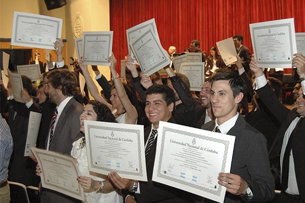 Nueva Colación de Grado y Posgrado en Ciencias Agropecuarias