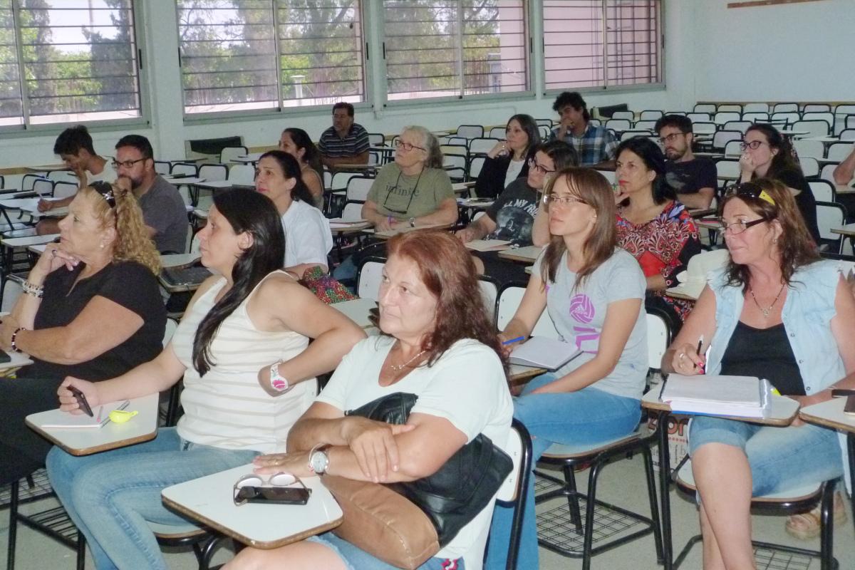 Finalizó el Ciclo de cursos Complementarios de la TUJyF