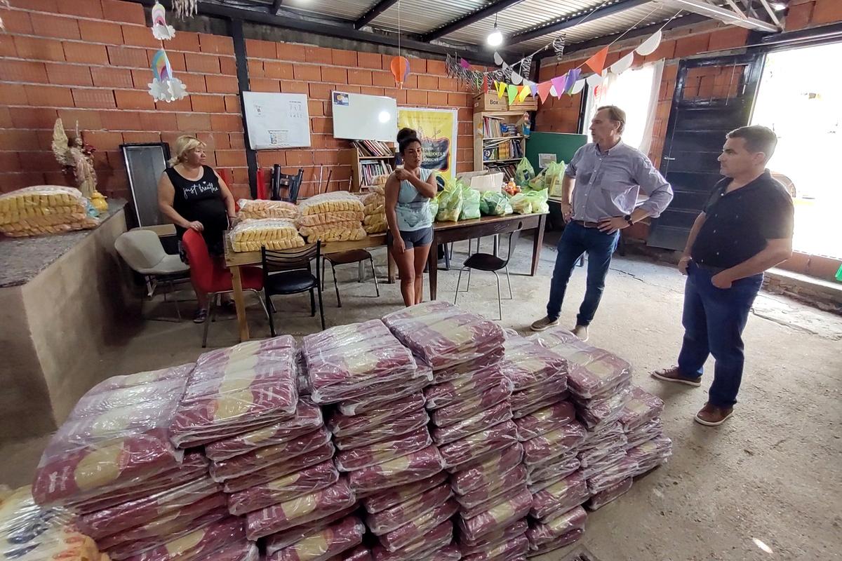Acercamos donaciones de alimentos al Merendero Nuestros Derechos